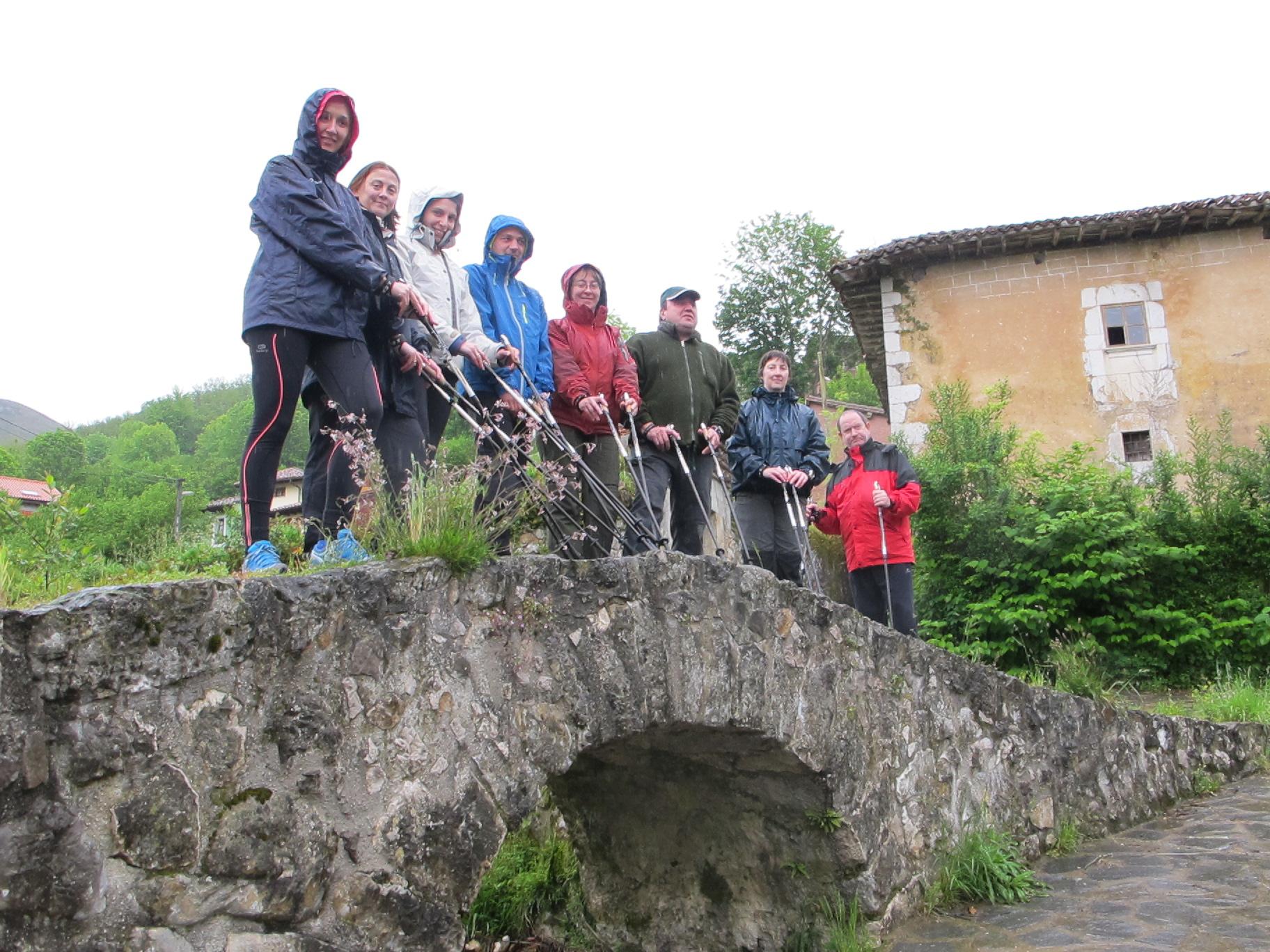 turismo-activo-asturias-senderismo-entorno-picos-europa